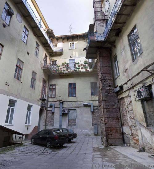 Lviv courtyards