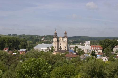 Костел і монастир отців Бернардинців