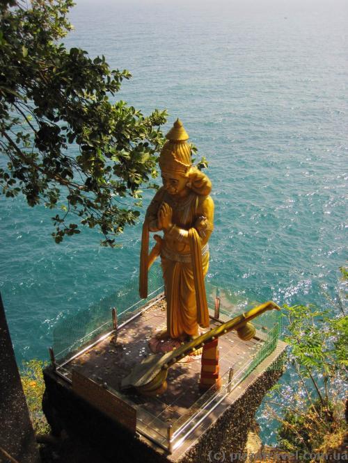 У храмі Koneswaram