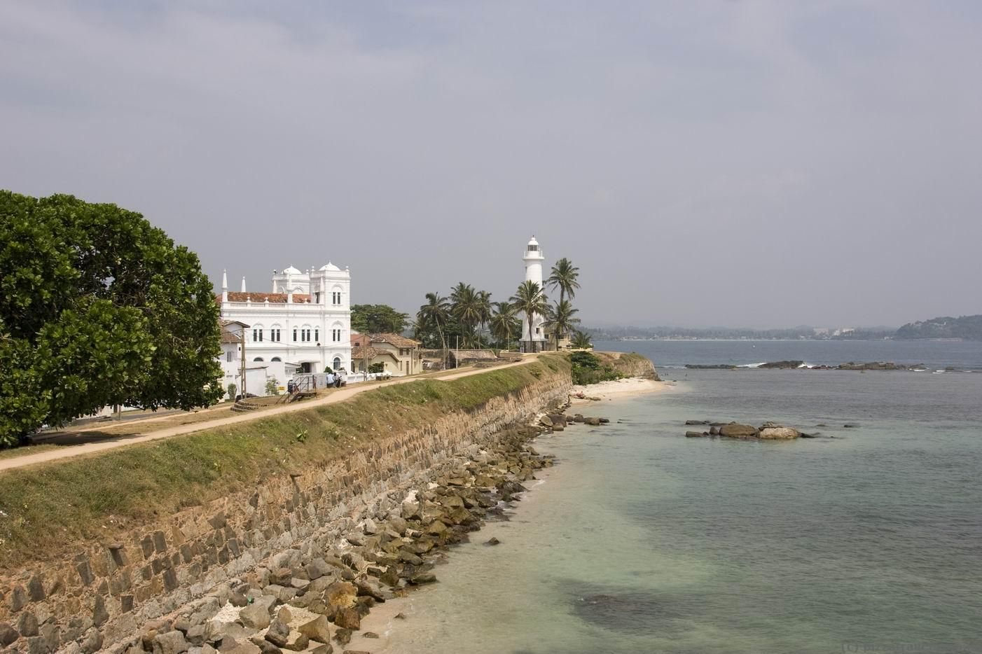 interesting places in sri lanka essay Find the best places to visit in sri lanka with rough guides: explore where to go, view itineraries and read about jungles, plantations and beaches.