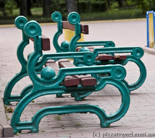 Such benches are all over Kirovohrad.