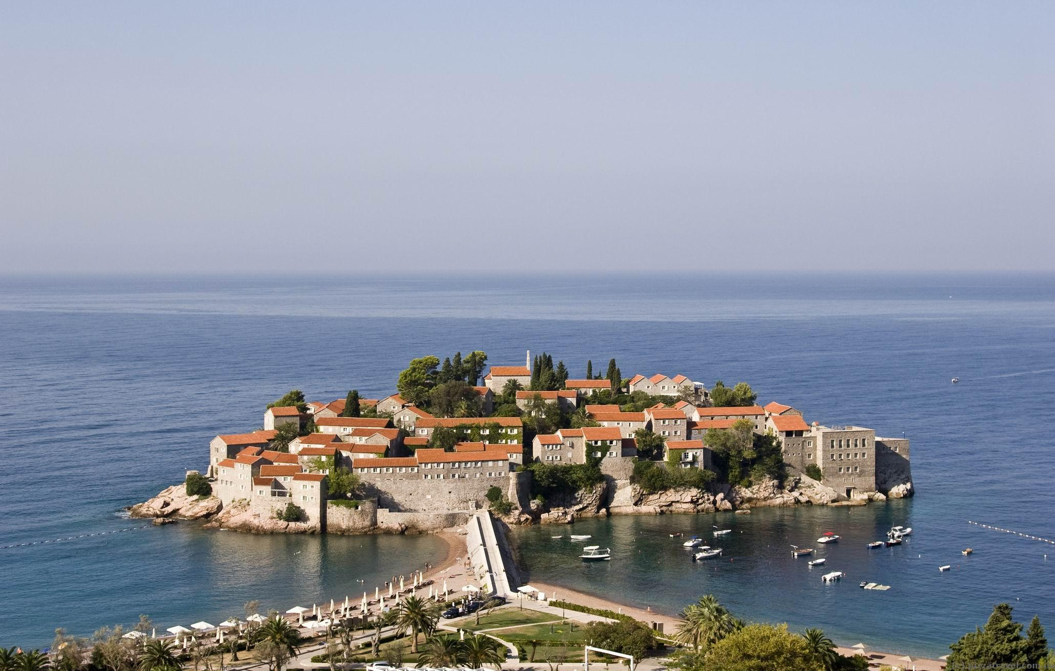 Sveti Stefan, Montenegro: description, attractions and interesting facts 22