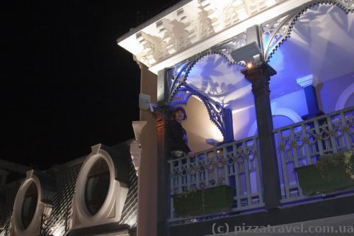 Балкон на площади Пьяцца