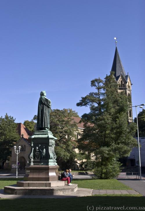 Monument to Martin Luther and the St. Nicholas Church