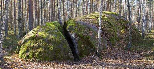 Каменное село