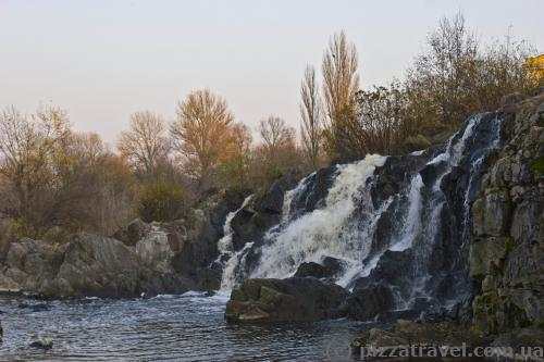 Waterfall in Stebliv