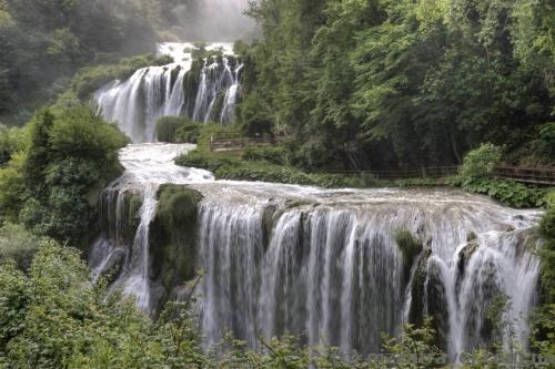 Водопад Марморе