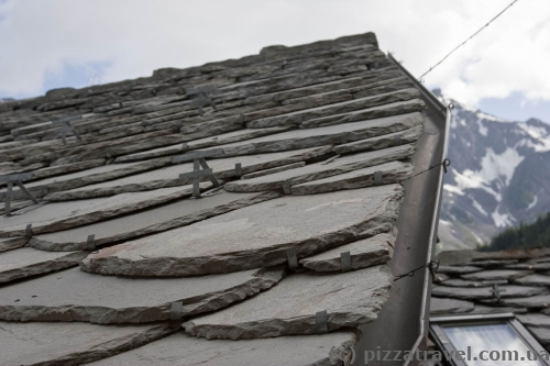 Courmayeur - unusual tile on the roofs
