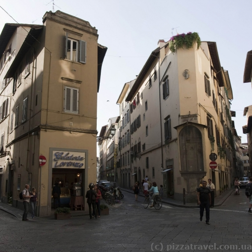 Streets in the old city of Florence