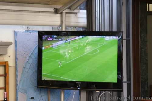 We stopped to learn the score in the opening match of Euro 2012.