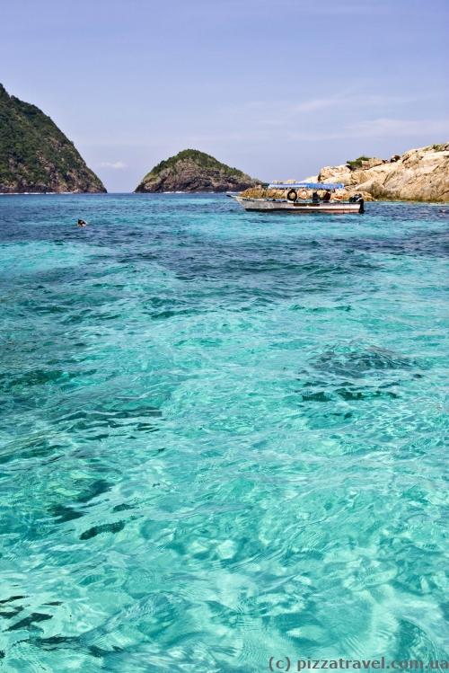 Snorkeling tour to the Rawa Island