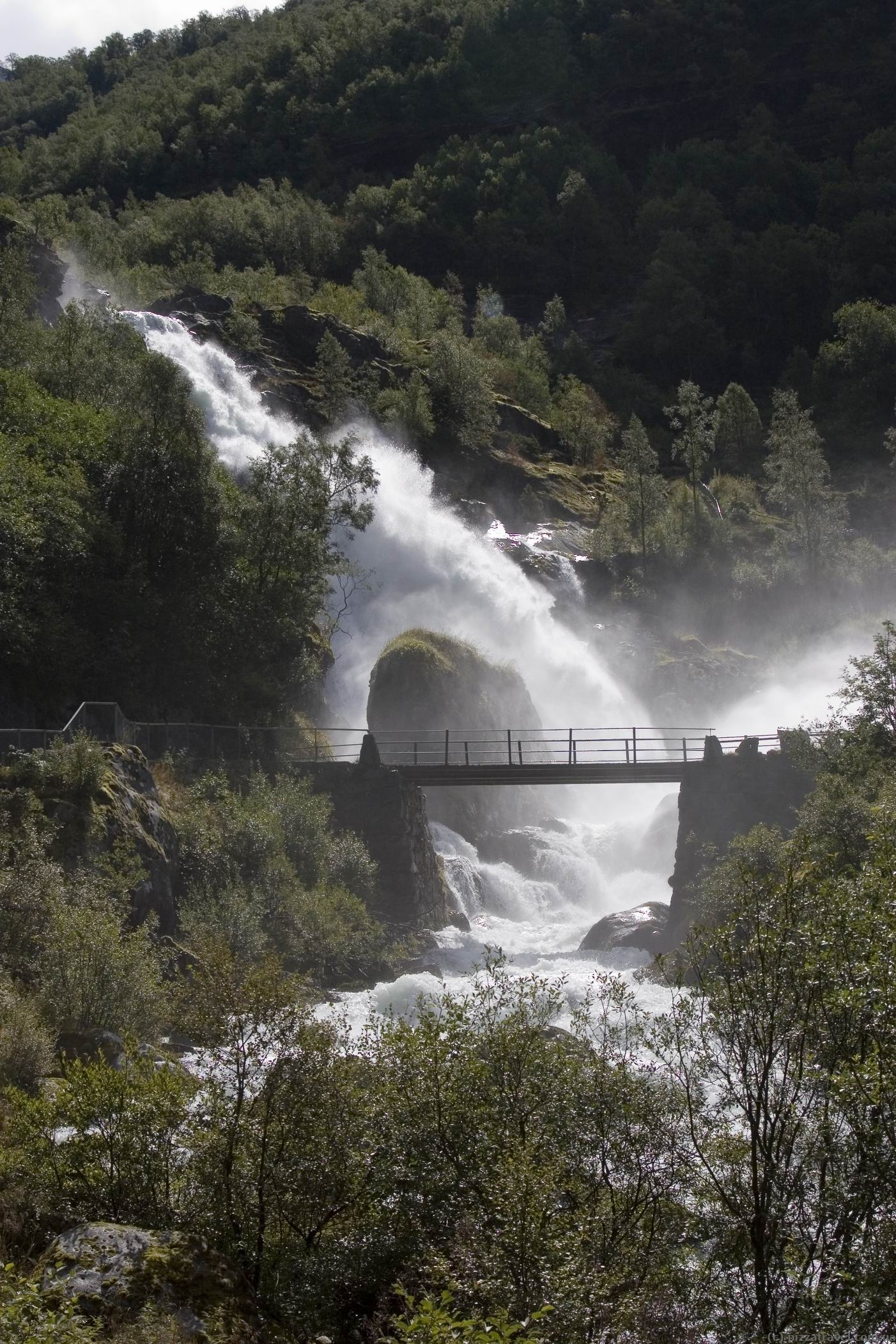 Водоспад біля бріксдальського