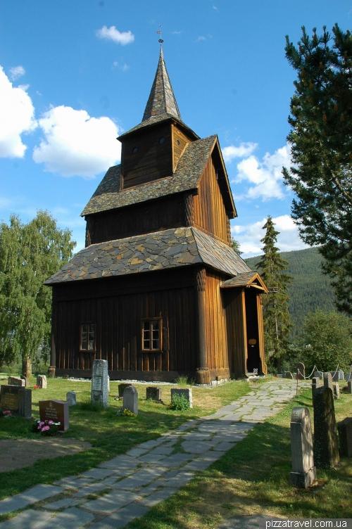 Деревянная церковь в Торпо