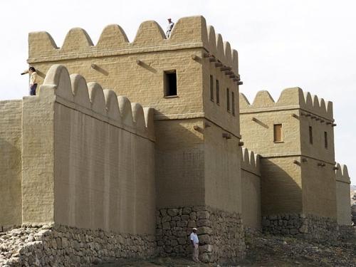 Реконструированный участок стены