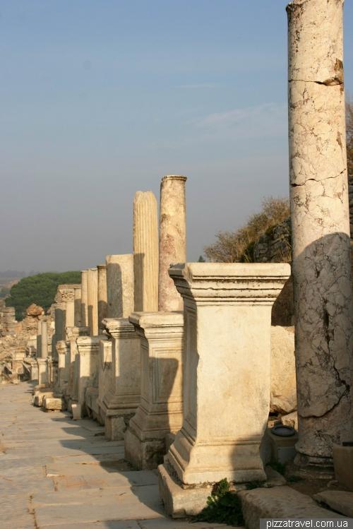 Cuteres street in Ephesus