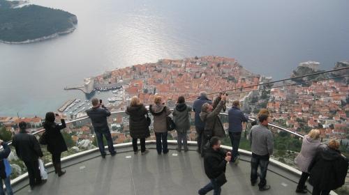 Вид на Дубровник с горы Срдж