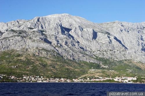 Вид на гірський масив Біоково