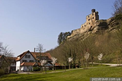 Замок Харденберг и отель