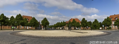 Площадь герцогини Александрины (1803 - 1892)