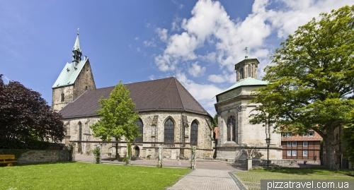Городской собор и мавзолей