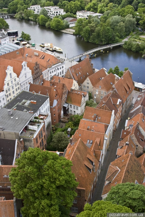 Old quarters near the canal in Lübeck