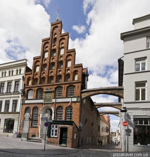 Дом на Breite Strasse