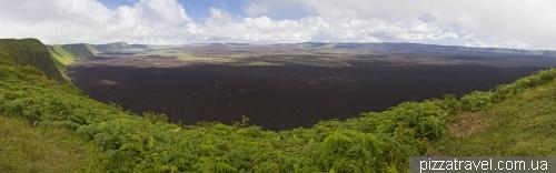 Кратер вулкана Сьерра-Негра (остров Изабелла)