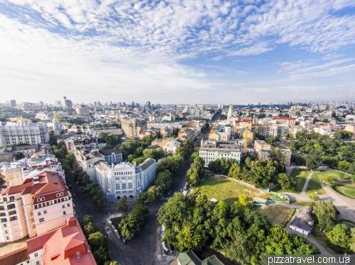 Улицы Десятинная и Владимирская