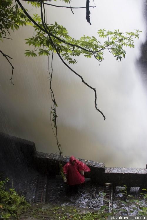 Водоспад Pailon del Diablo