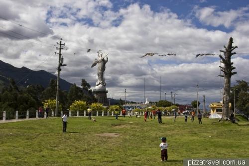 Statue of Virgin Mary in Quito (Virgin of El Panecillo)