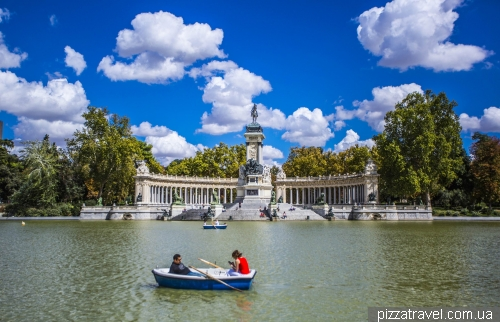 Monument to King Alfonso XII in Retiro Park