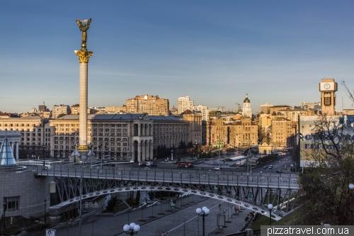 Смотровая возле Октябрьского дворца