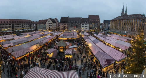 Рождественский рынок в Нюрнберге