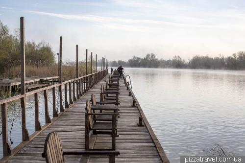 Набережная базы Пеликан в Вилково