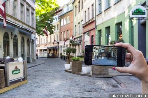 Улица Jauniela