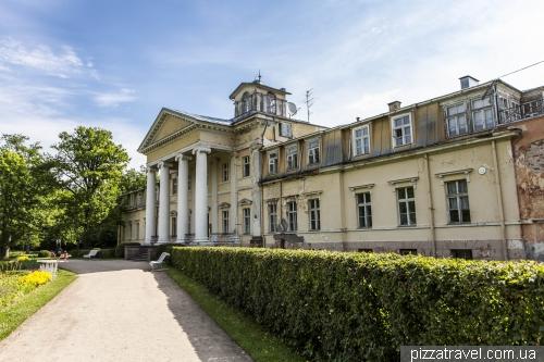 Дворец в Кримулде