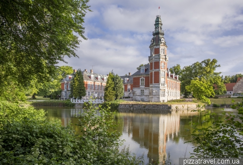 Замок-отель Хведхольм (Hvedholm)