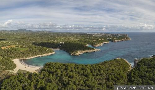 Пляж Самарадор (S'Amarador)