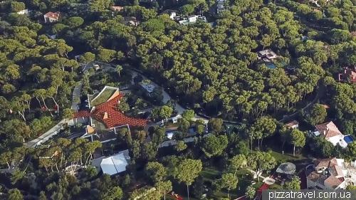 Бывший исторический зоопарк на мысе Ферра