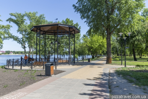 Natalka Park on Obolon Embankment