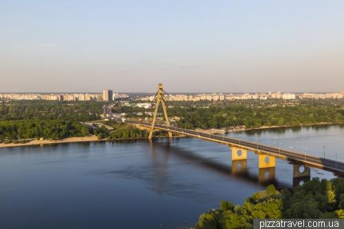 View of the North Bridge in Kyiv