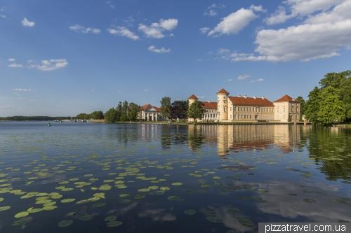 Замок Райнсберг (Schloss Rheinsberg)