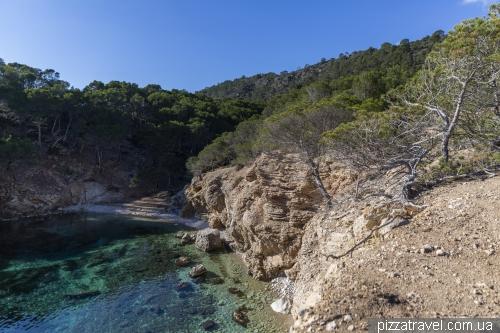 Пляж Моньо (Cala d'en Monjo)