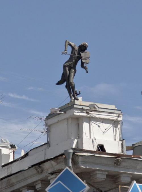 Violinist on the roof