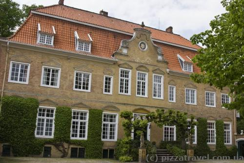 Philippsburg Castle in Leer