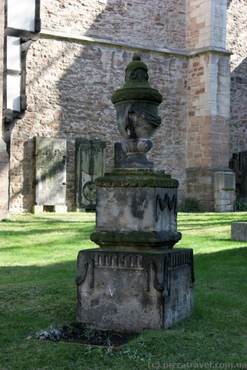 Скульптура из дворца Salzdahlum, который был демонтирован в 1813 году