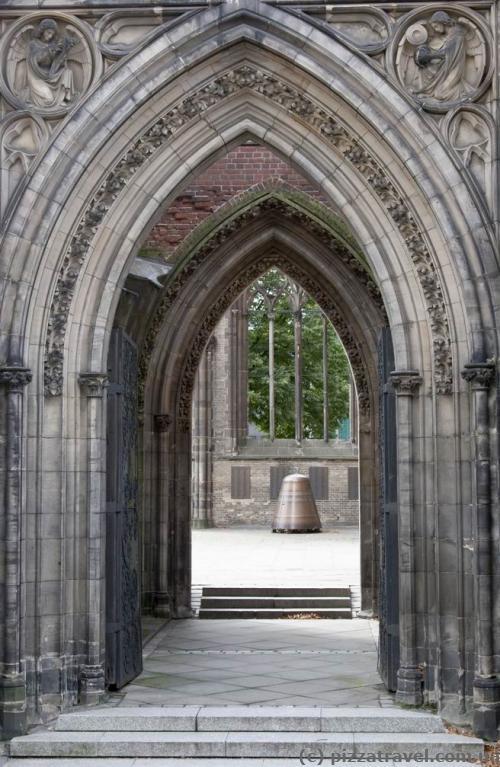Портик у церкві Святого Миколая