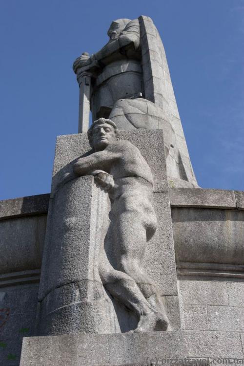 Пам'ятник Бісмарку