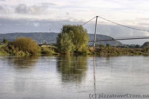Пішохідний міст через Везер у Міндені