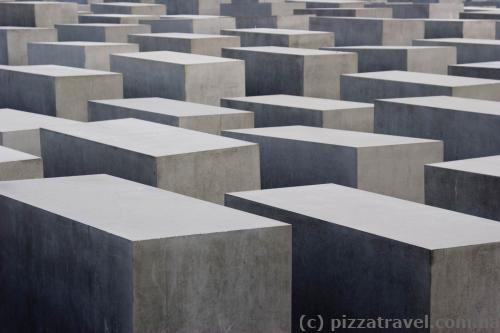 Меморіал жертвам Голокосту в Берліні